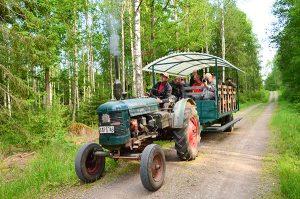 2016-06-14 Leif Traktortur med fotoklubben på Hästö 11