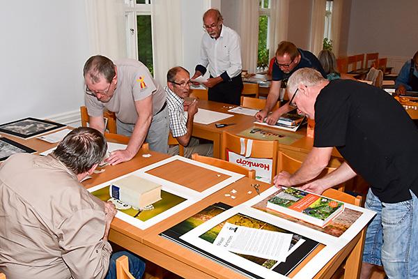 2016-08-22 Fotoklubbsmöte med bildinramning 09, 600px